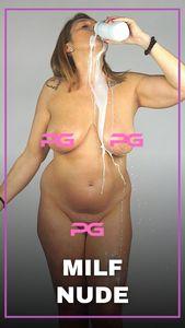 MILF Nude